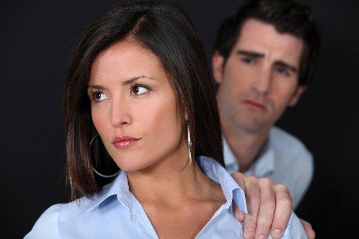 4 сигнала, которые подает женщина, когда мужик ей вообще не нравится