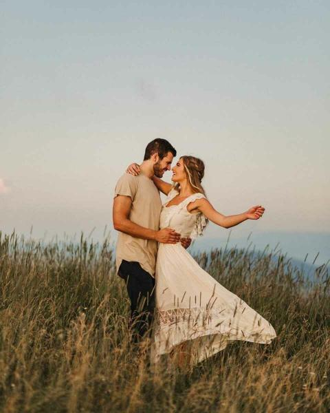 9 способов показать мужчине, что вы любите его, не сказав ни слова
