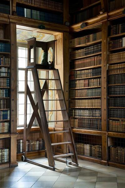 Еще один список книг, которые полезно прочесть во время самоизоляции.