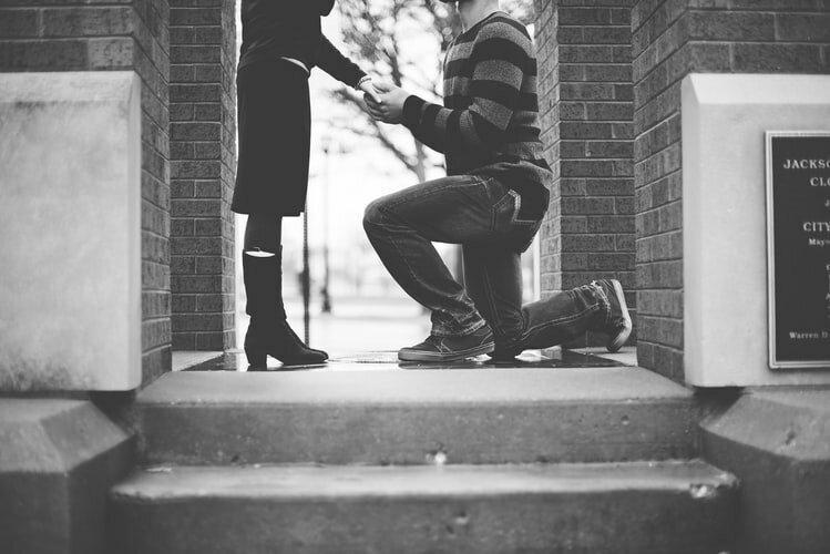 """5 мужских фраз, которые значат гораздо больше, чем """"Я тебя люблю"""""""
