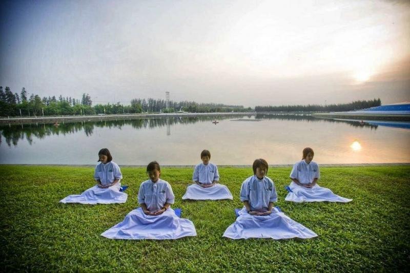 3 ошибки, которые мешали мне медитировать, когда я была новичком