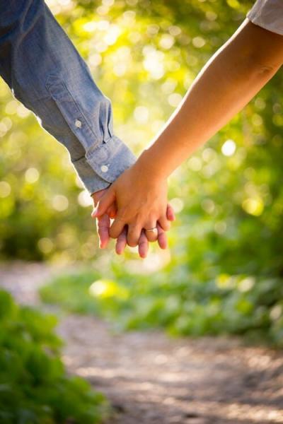 5 вещей, которые девушки ошибочно принимают за серьёзные отношения