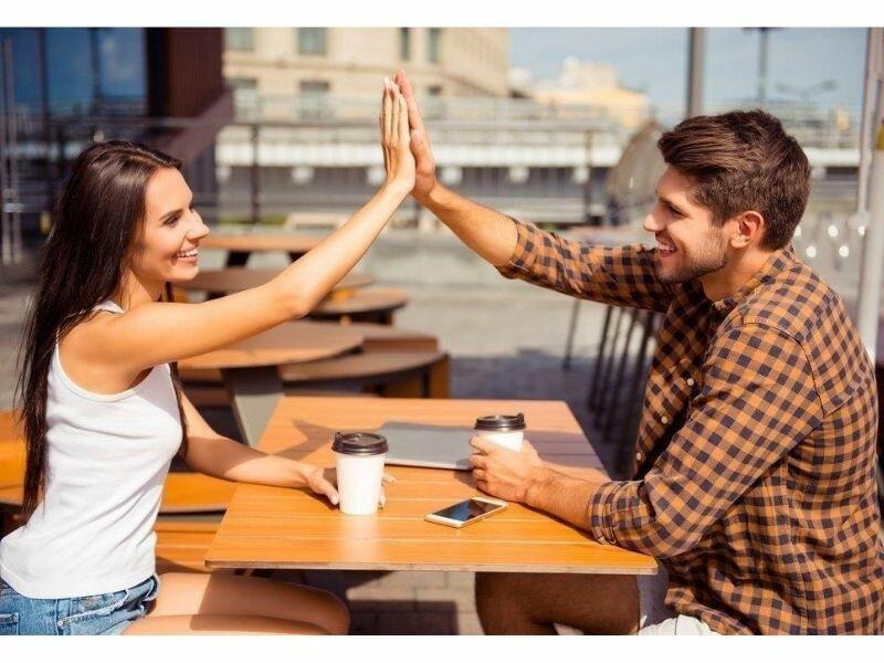 Вот чем заканчивается дружба между мужчиной и женщиной...