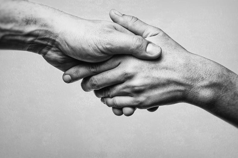 Вырваться из окружения: как освободиться от вредного влияния друзей и получать только пользу