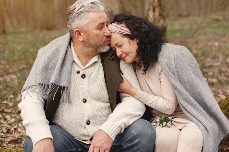 Зрелая любовь: какие сложности могут возникнуть в паре зрелых людей?